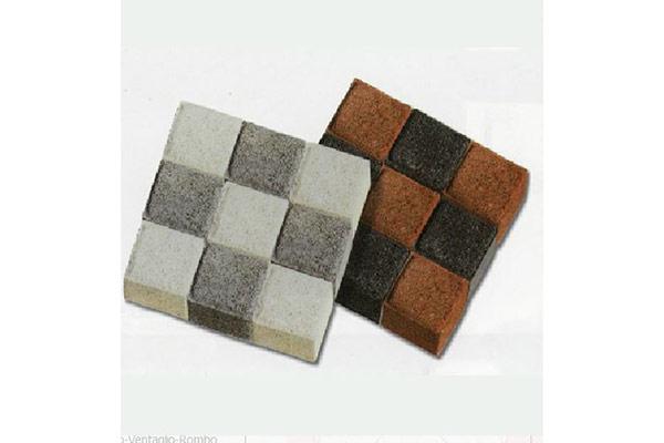 Composizione-cubetti-bianchi-grigio-rosso-antracite