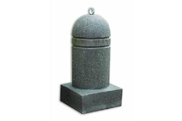 Dissuasore-cilindro-con-base-fascia-righi-finta-pietra-lavica-base