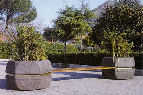 Fioriera-esagonale-vesuvio-con-panca-legno-hiroko-senza-schienale
