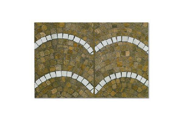 Pavimento-cubetti-porfido-4-6-ad-archi-con-cubeti-bianco-Carrara