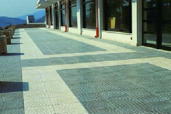 Veduta-pavimento-40-x-40-porfido-levigato-antracite-e-bianco
