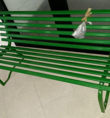 panchina-ferro-verde